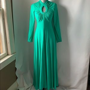 Vintage 70s dress light green long flair cut out